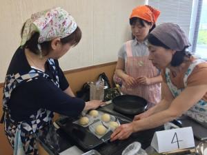 パンの発酵が進む度に気分も盛り上がります。